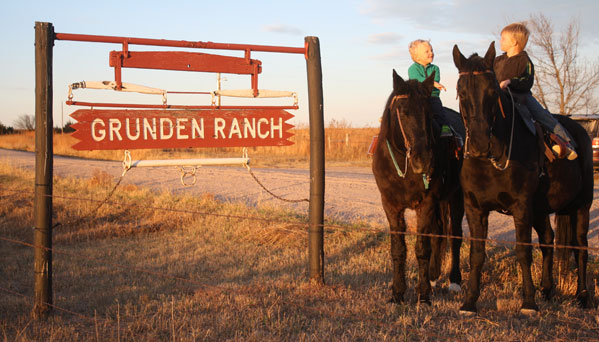 Nebraska ranch inducted into AMHA Breeder's Hall of Fame