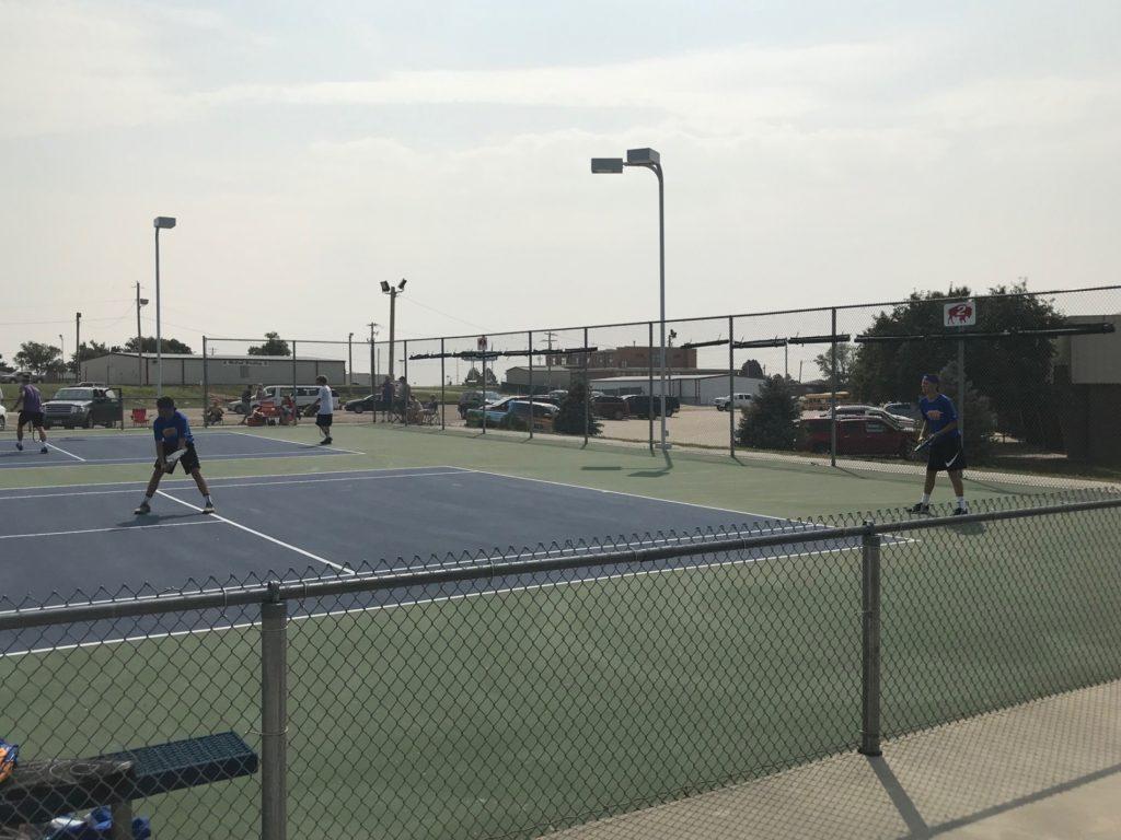 Torrington clips Gering boys tennis team