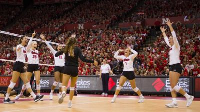 Huskers Win 11th Straight