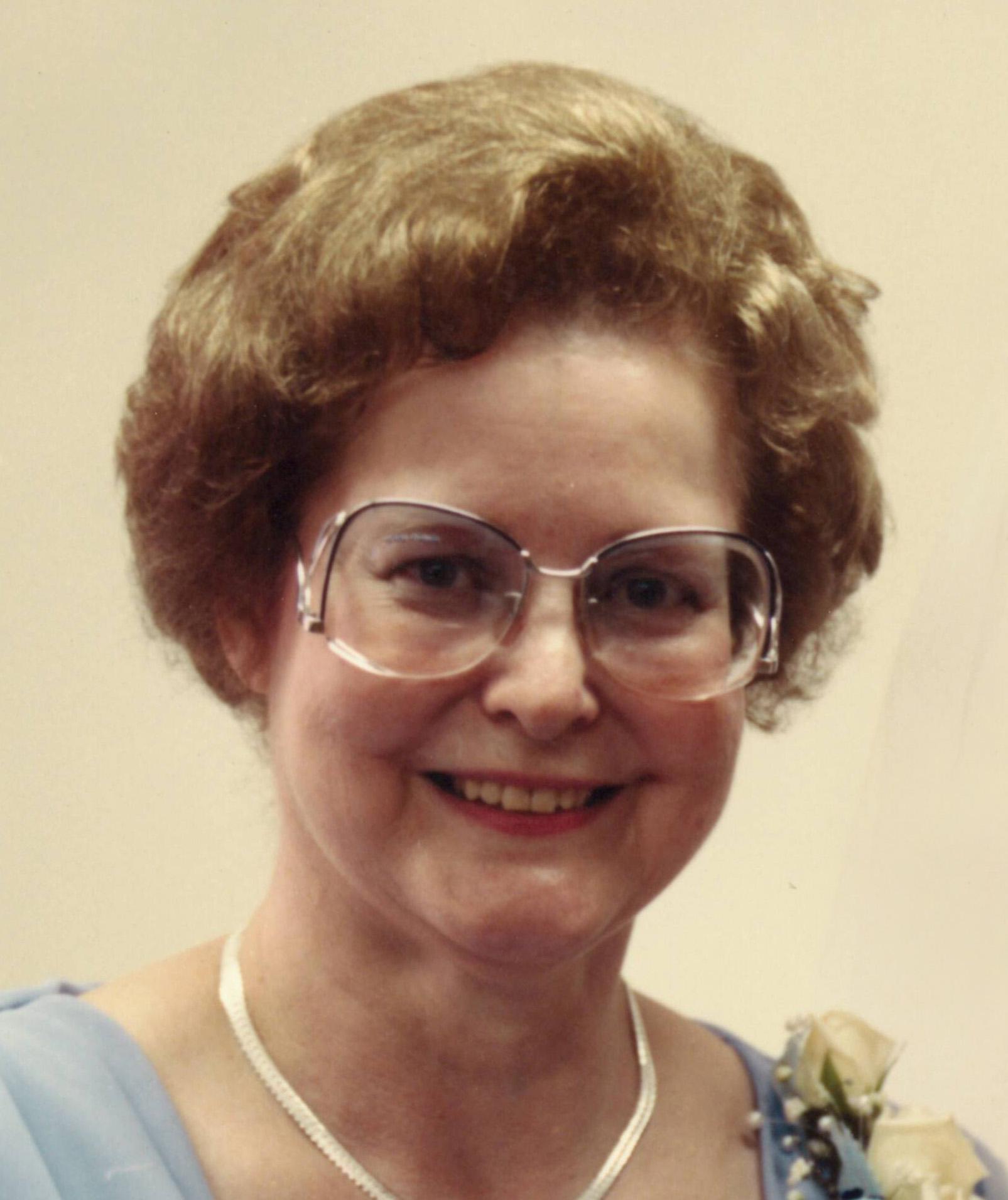 Dorothy Mae Johnson, 91 years of age, of Kearney, Nebraska, (formerly of Holdrege)