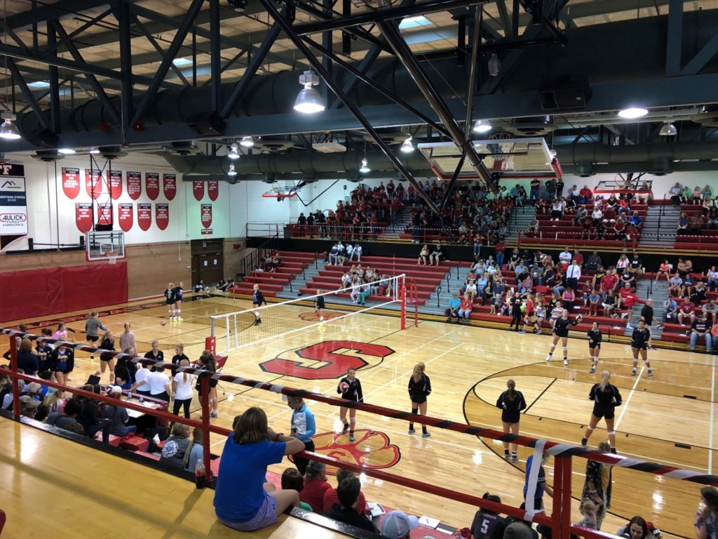 (Audio) Gering volleyball sweeps Scottsbluff