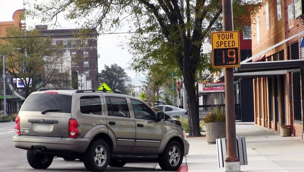 More electronic speed limit signs likely in Scottsbluff