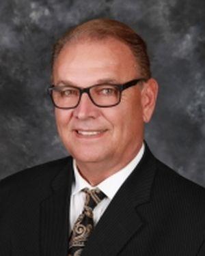 Nebraska banker wins national career award for rural work