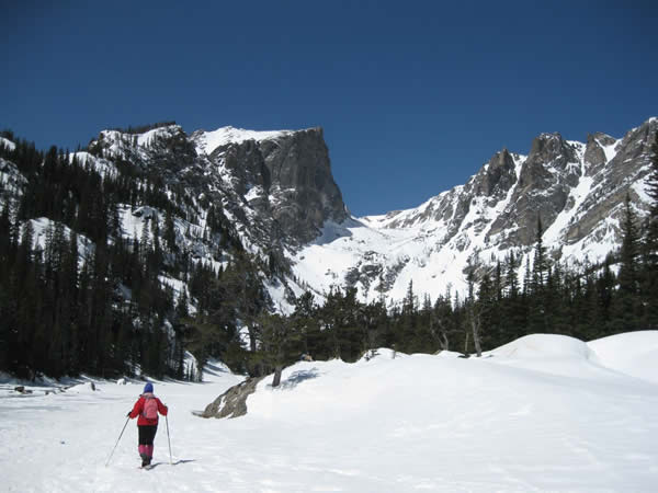 High-elevation road in Rocky Mountain Park closes for season