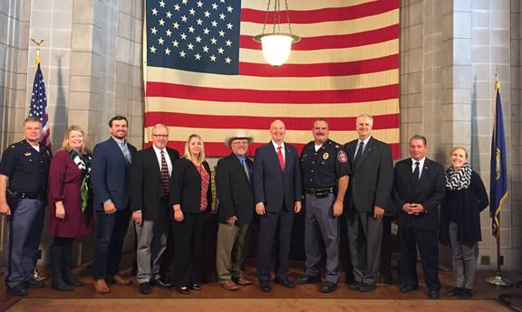 Gov. Ricketts, State Patrol, & Ag Leaders Unveil New Guidance for Livestock Hauling