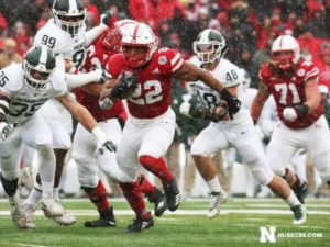 NU Edges Michigan State On Senior Day