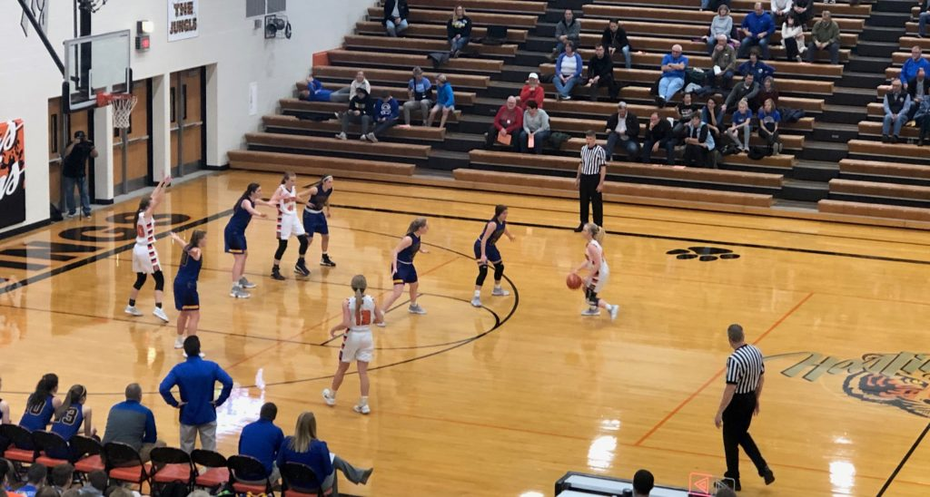 (Audio) Luebbe shines for Seward girls, Bluejay boys struggle offensively