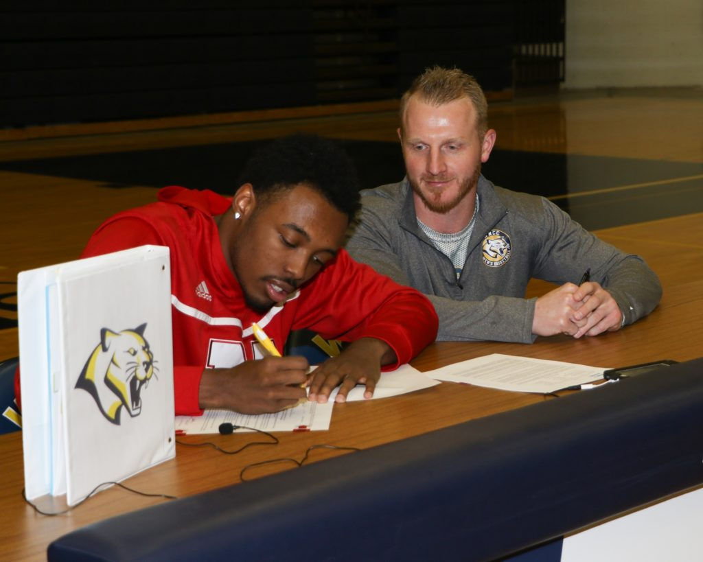WNCC's Jervay Green inks with Nebraska