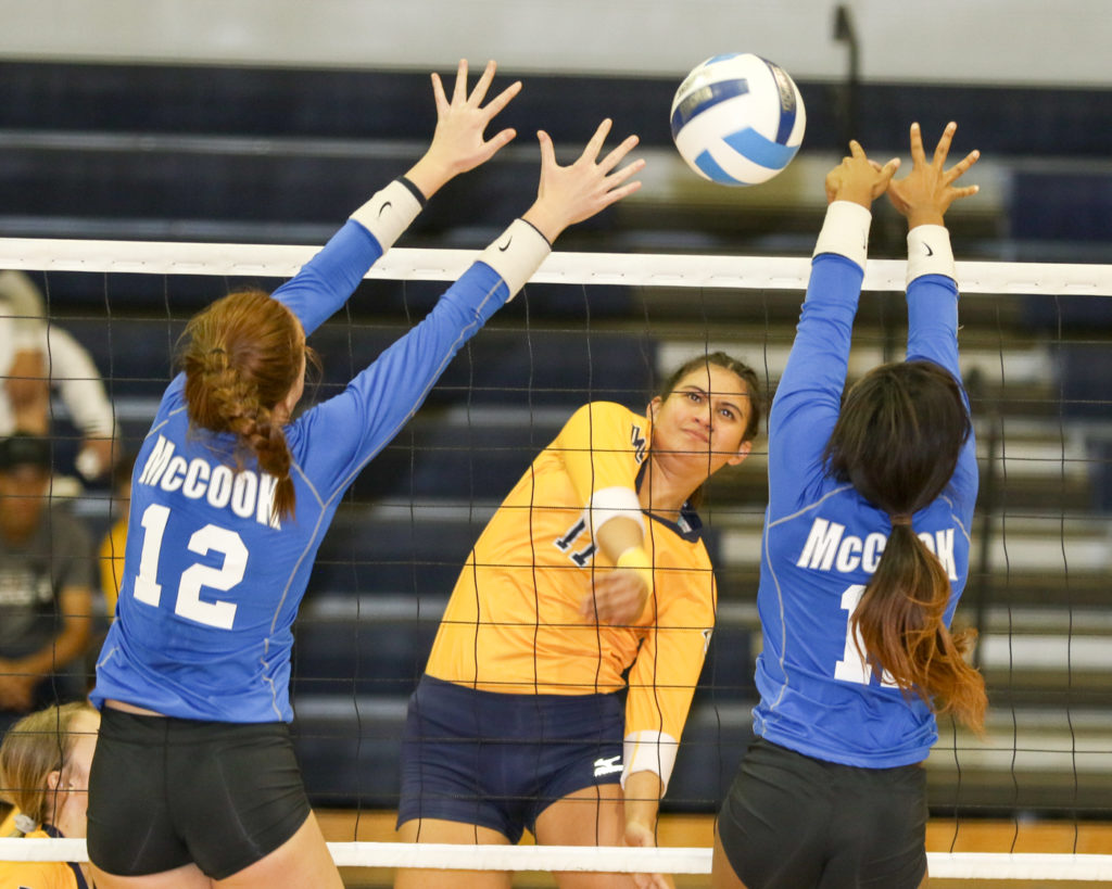 WNCC volleyball sweeps McCook at regionals
