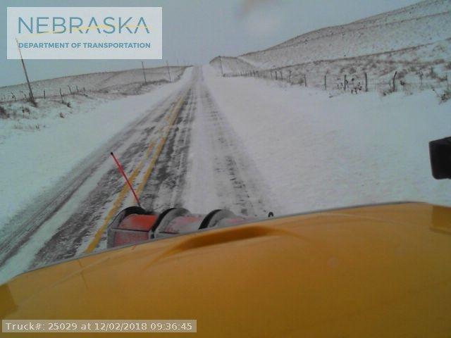 Snow continues falling in Nebraska, Iowa on Sunday