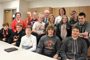 Stenberg promotes quality financial ed in discussion with Ft Calhoun students
