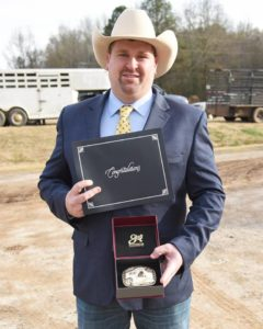 Ohio auctioneer wins World Livestock Auctioneer Championship qualifier