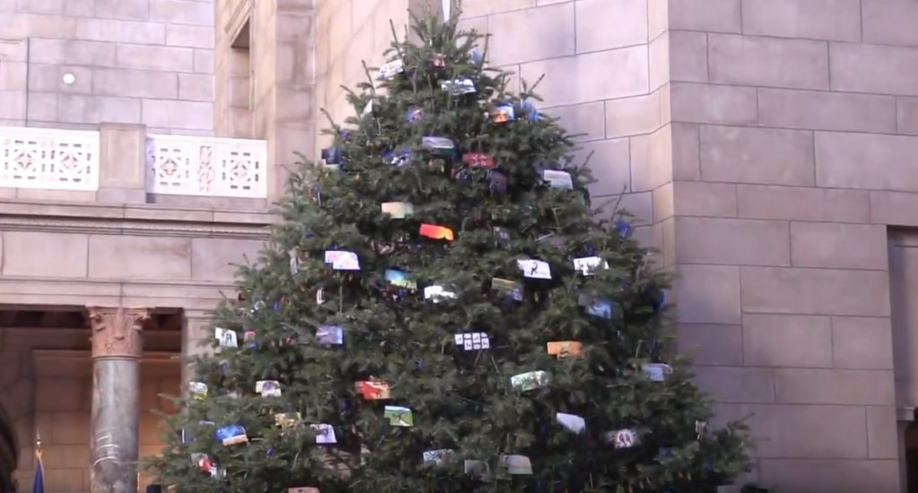Nebraska Capitol giving Christmas Eve tours despite closures