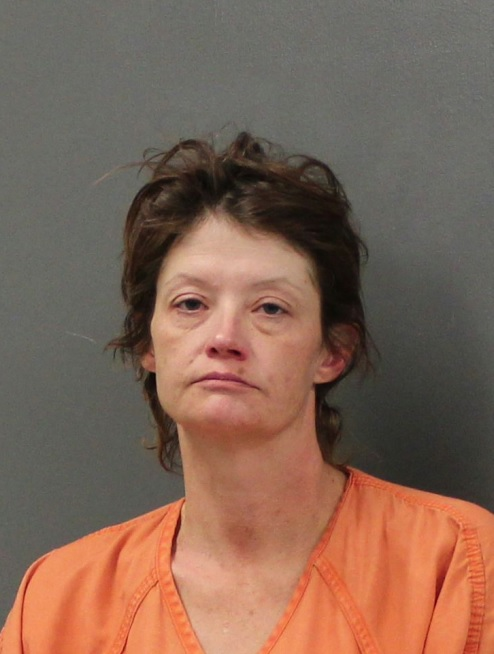 Woman accused of stealing car in Scottsbluff arrested