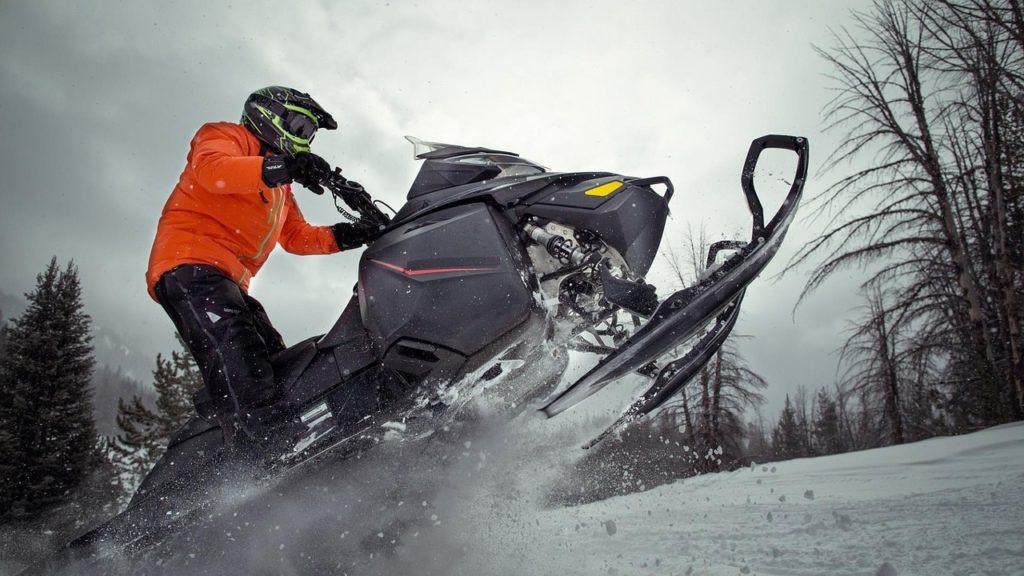 4 South Dakota snowmobilers found in southern Wyoming