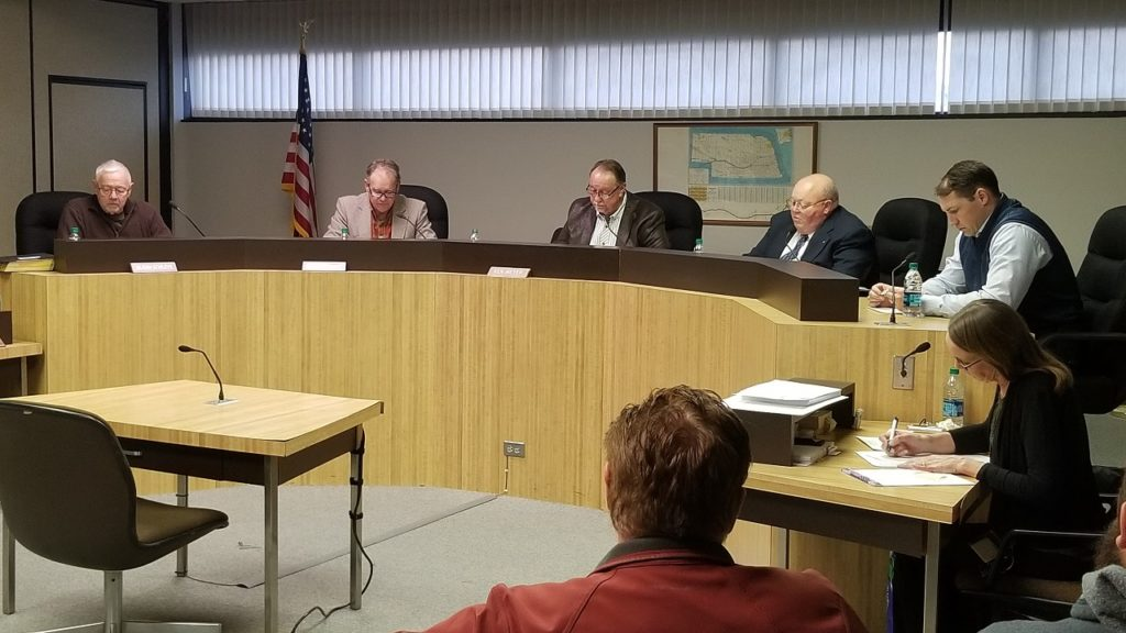 Scotts Bluff Co. Board selects new chair, gives ok to start process for new communications tower
