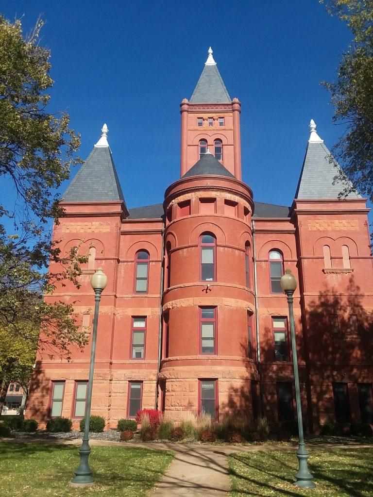 Hamilton County commissioner recalled in close vote