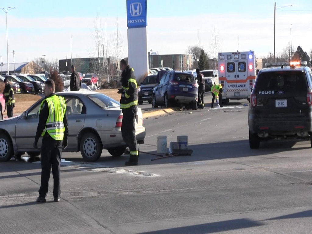 Minor injuries following Tuesday morning crash in Scottsbluff