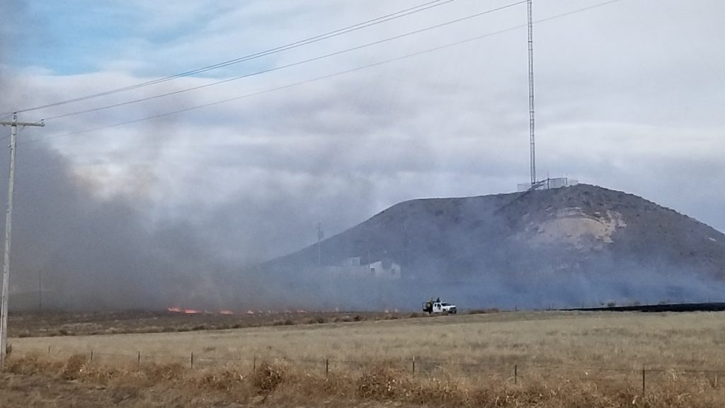 Grass fire consumes 100 acres, threatens TV building and tower near Scottsbluff