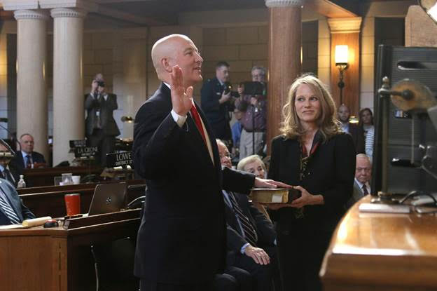 Gov. Ricketts Sworn In for Second Term