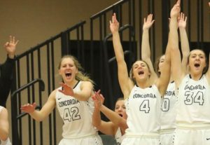 Fourth quarter surge pushes Bulldogs into first-place GPAC tie
