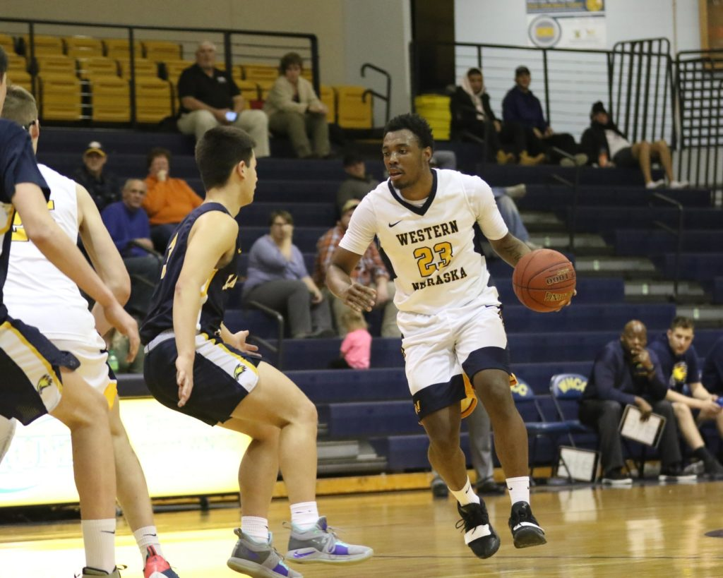 WNCC men fall on a buzzer-beater to LCCC