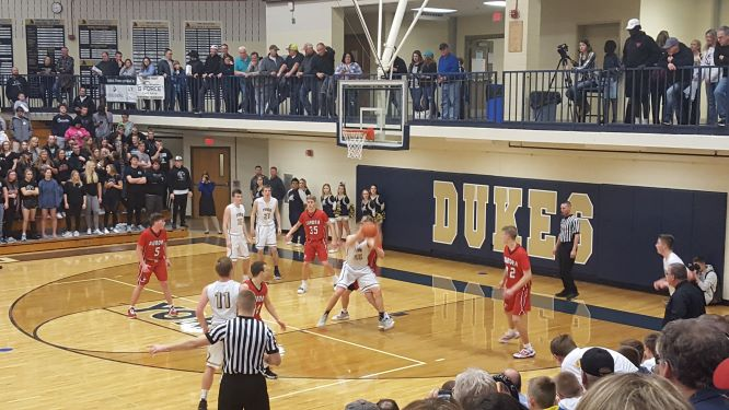 Aurora edges York in conference title battle