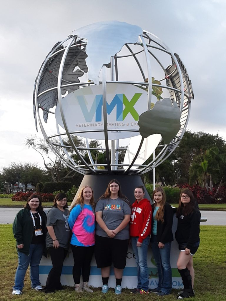 EWC Veterinary students attend VMX conference