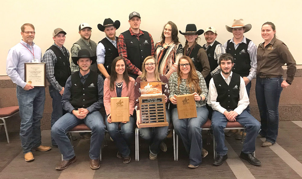 UW range team tops 26 universities to win Trail Boss Award