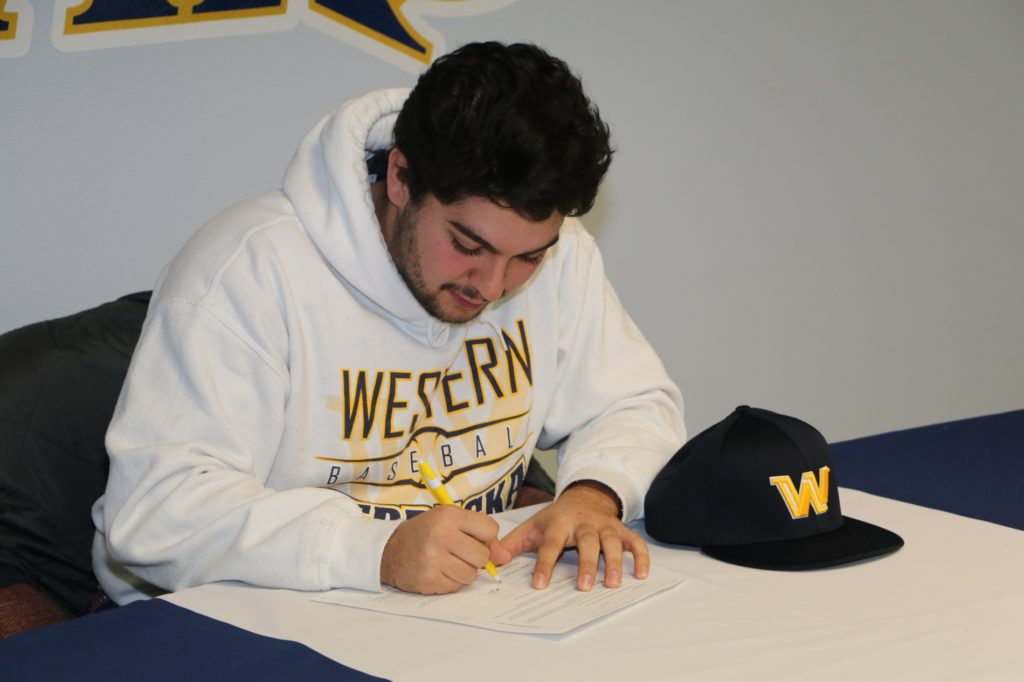 WNCC's Kolb inks with University of Mary