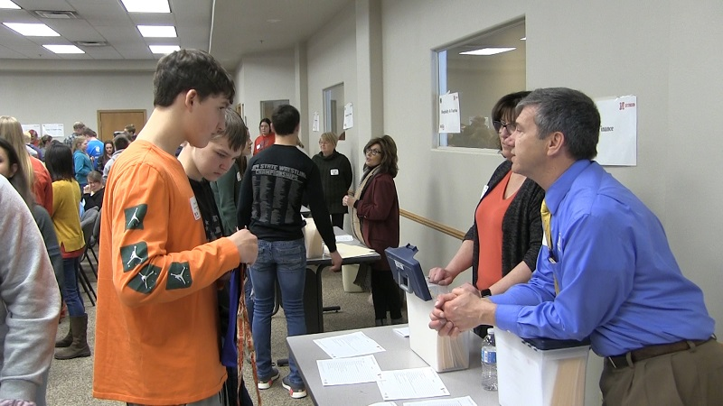 Bridgeport, Bayard Students 'Connect the Dots' to local careers