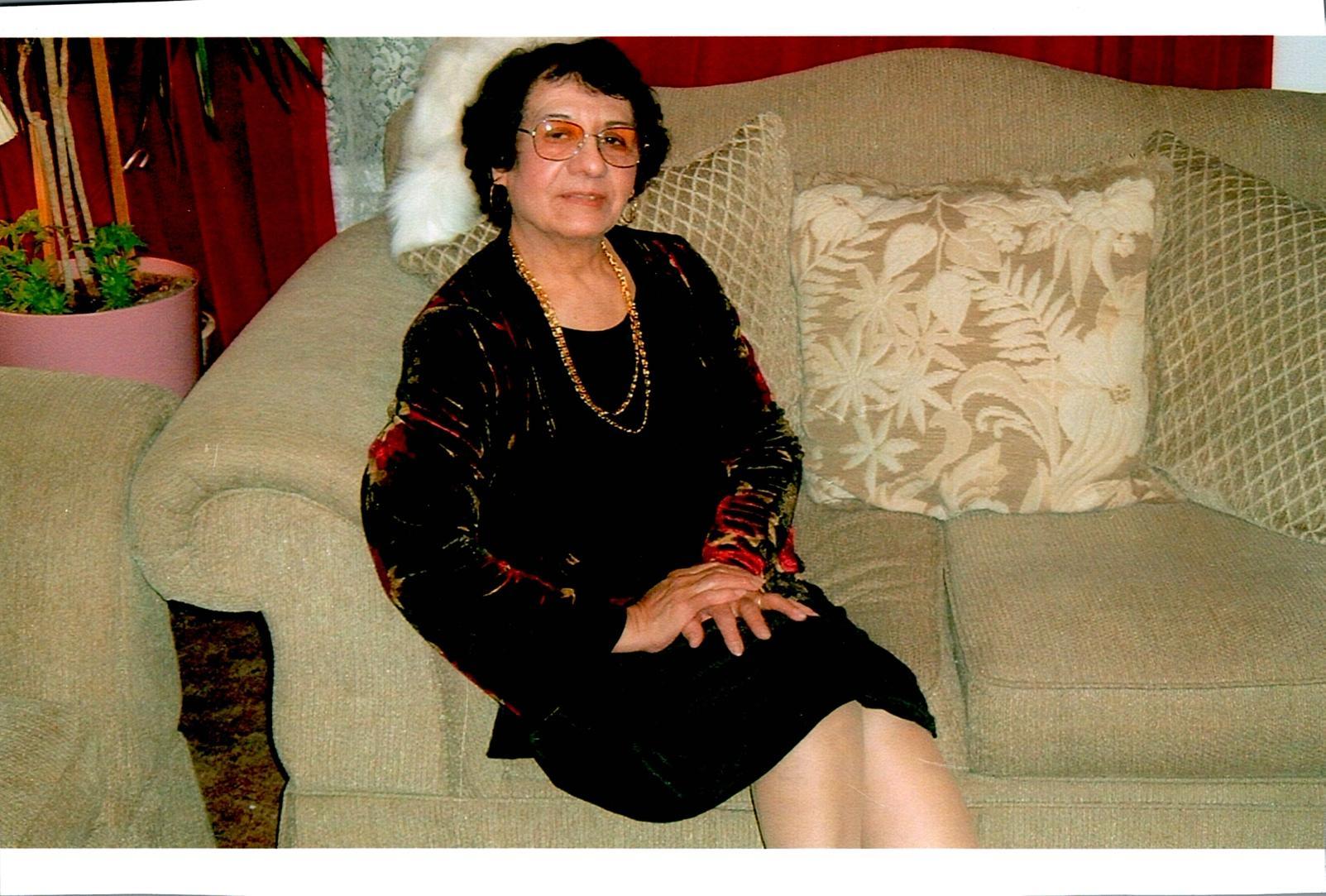 Eva Flores, 89, Scottsbluff