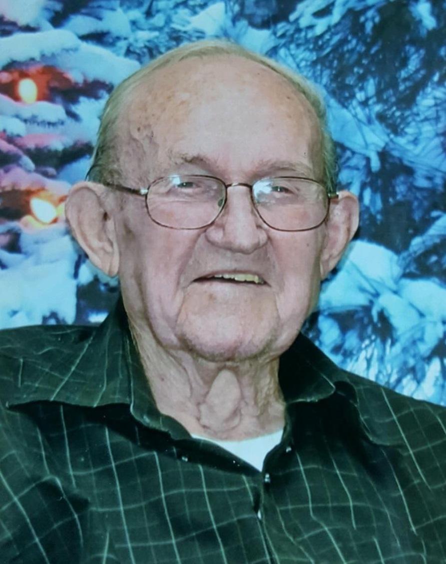 Harold R. Heil, 93, Bayard