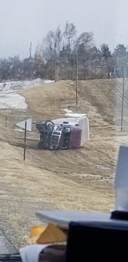 Semi off road between WP and Oakland