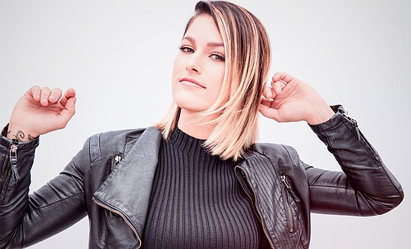 Comstock Windmill Festival, June 13-15, Adds Cassadee Pope,  Jacob Bryant and Extreme Bull Riding