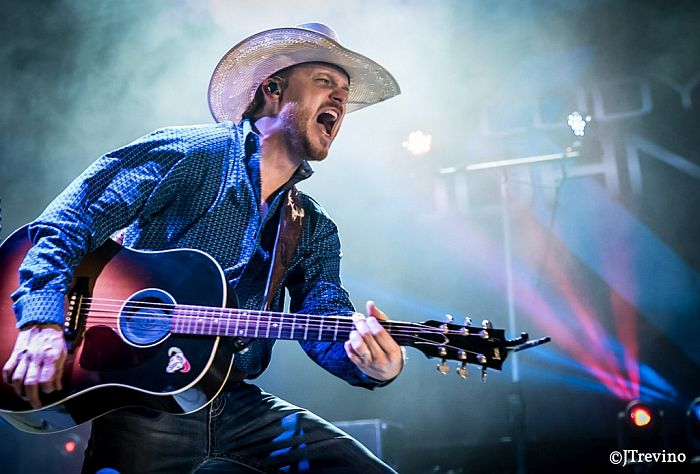 Cody Johnson to headline Pinewood Bowl Theater in Lincoln