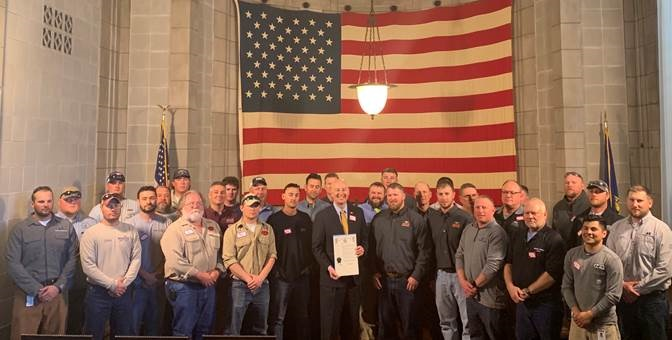 Governor Recognizes Nebraska Lineworkers