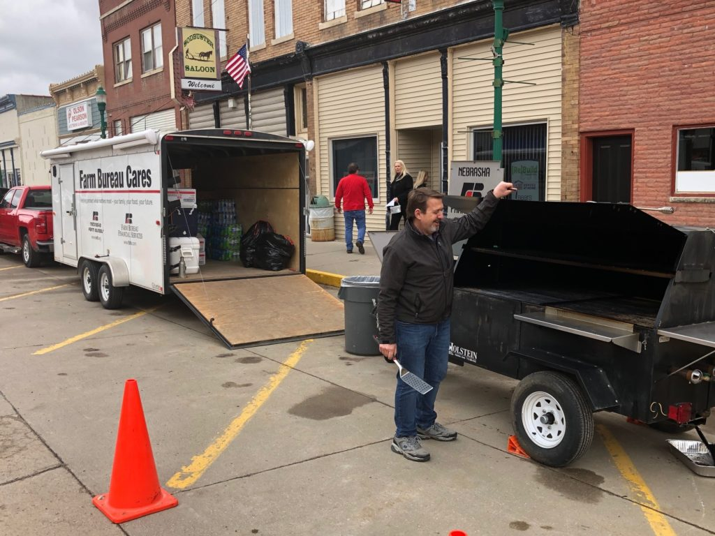 Farm Bureau Delivers Meal To Hooper Flood Victims And Workers