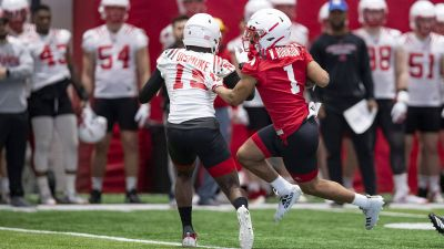 Huskers Continue Spring Work Outs