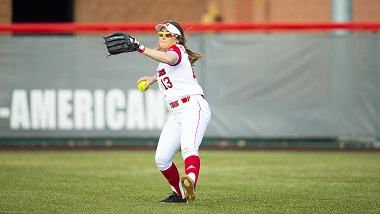 Huskers blanked at home by Gophers