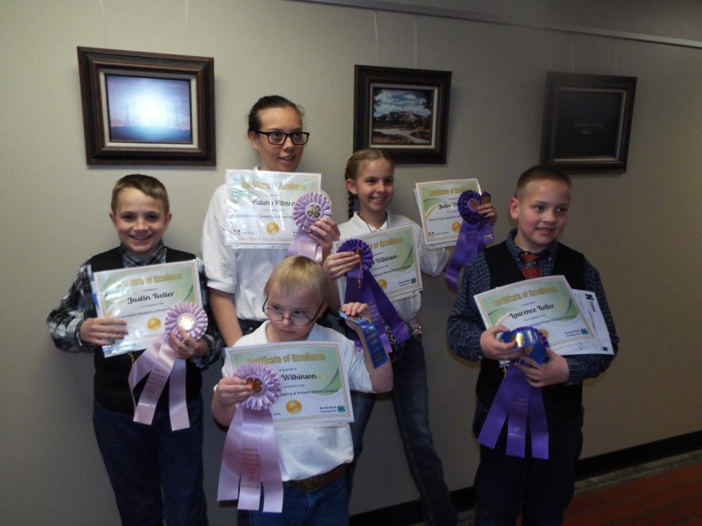 Scotts Bluff County 4-H Holds Public Speaking & Presentations Contest