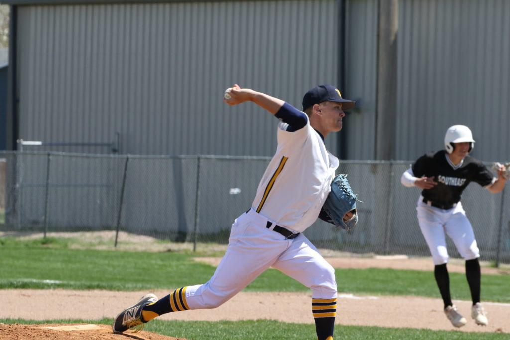 WNCC baseball splits with Southeast