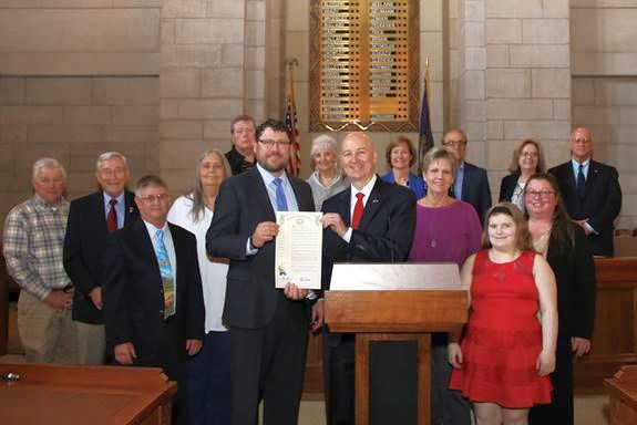 Gov. Ricketts Proclaims May as General Aviation Appreciation Month in Nebraska