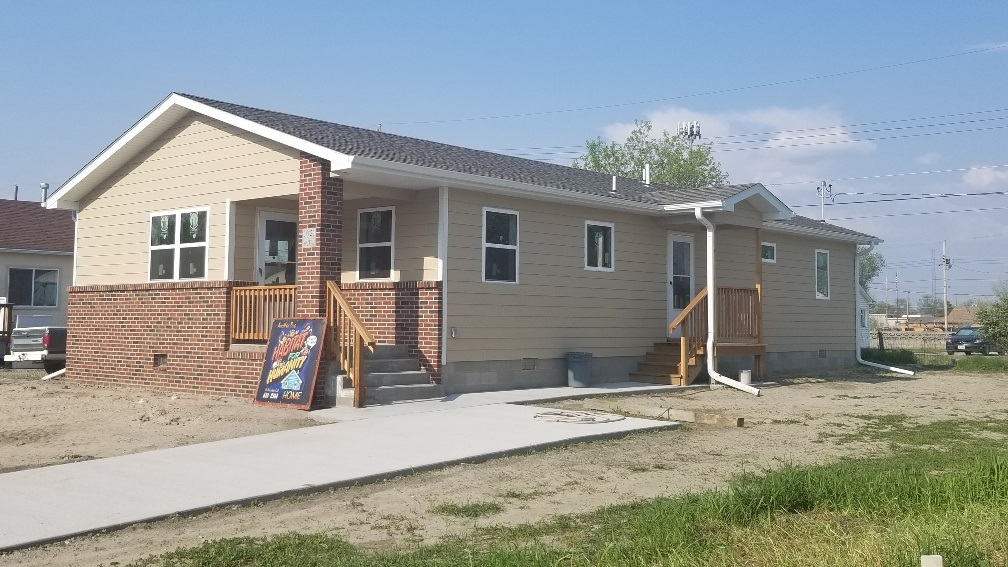 Scotts Bluff Co. Habitat for Humanity celebrates completion of latest project