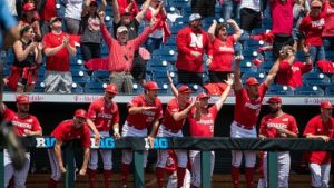 Huskers Crush Hawkeyes to advance to Big Ten Tournament Semifinals