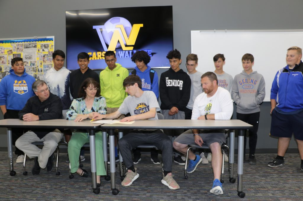 Gering's Wallace signs on with WNCC soccer