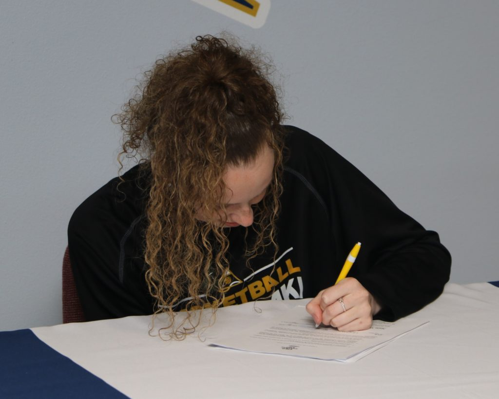 WNCC's Langton signs with Texas A&M International