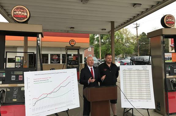 Gov. Ricketts, Mechanics Urge Legislature to Put the Brakes on Taxing Auto Repairs