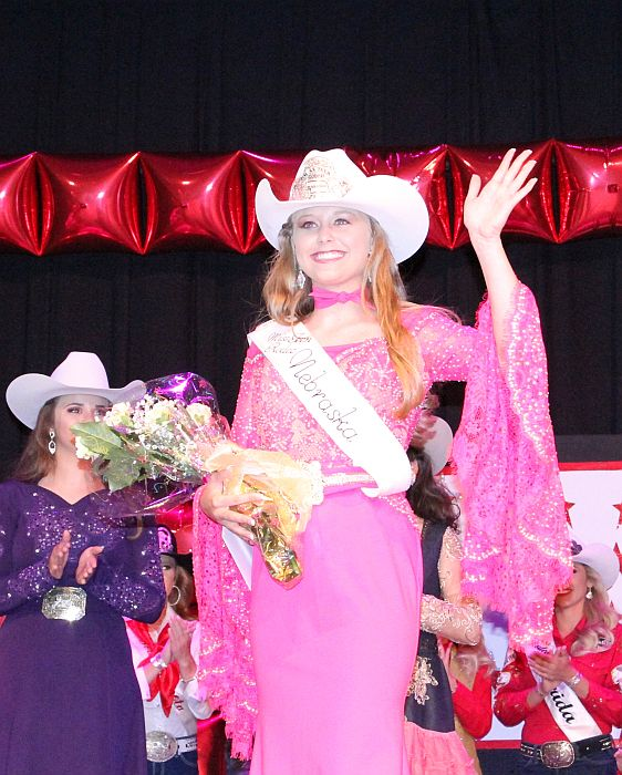 Brylee Thompson named Miss Teen Rodeo Nebraska