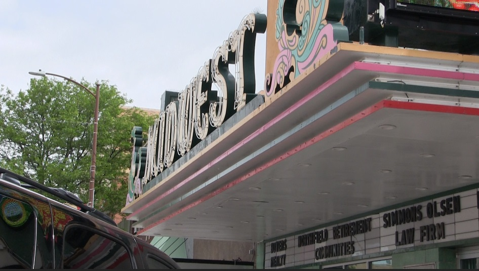 Busy week at Midwest Theater kicks off tonight with Tracy Byrd concert